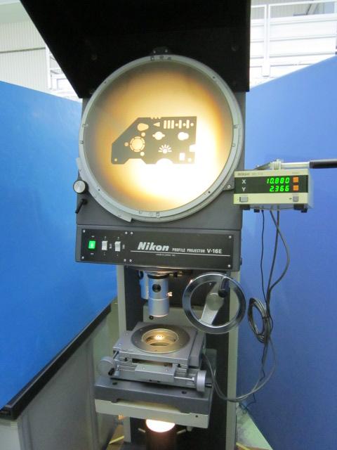 ニコン万能投影機 V-16E