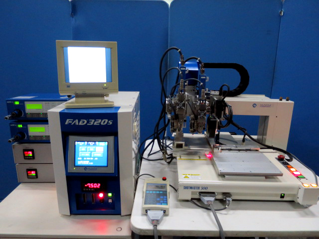 武蔵エンジニアリング/画像認識付卓上塗布ロボット/FAD320S