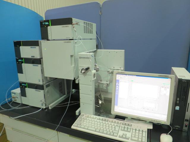 島津製作所 ラボ用大量分取システム LC-8システム