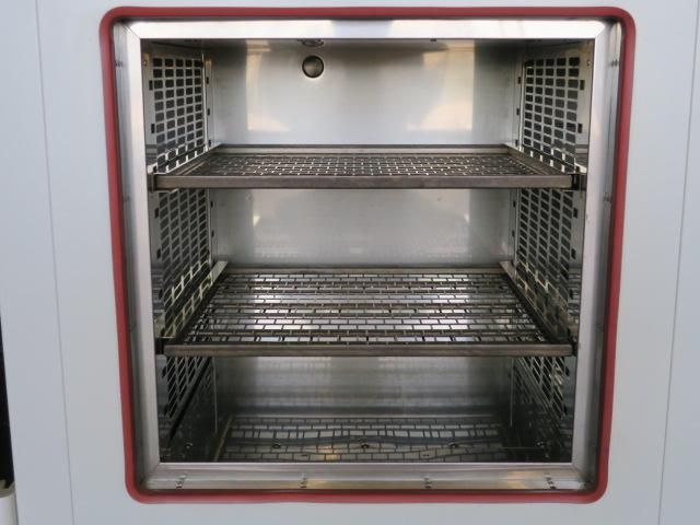 Yamato Scientific Temperature Chamber DF-410