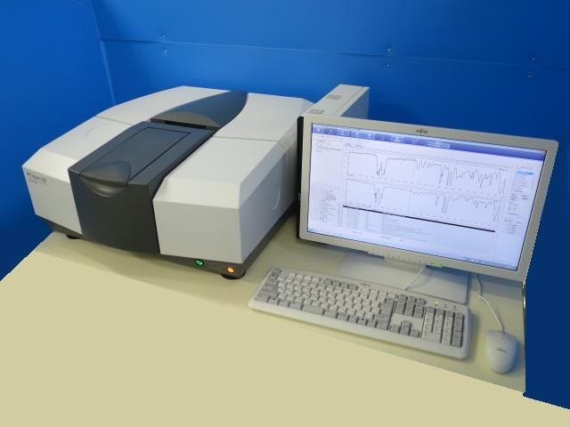 島津製作所 フーリエ変換赤外分光光度計 IRTracer-100