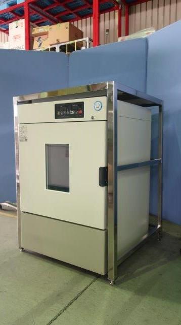 福島工業 低温インキュベーター FMU-204I