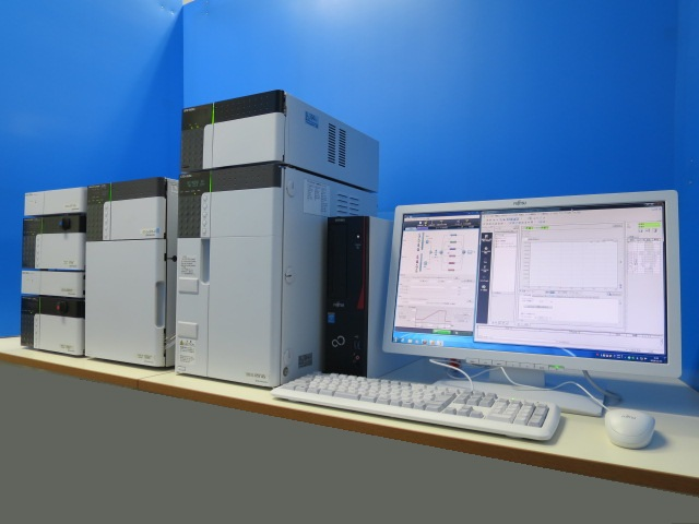 島津製作所 液体クロマトグラフ Nexera メソッドスカウティングシステム