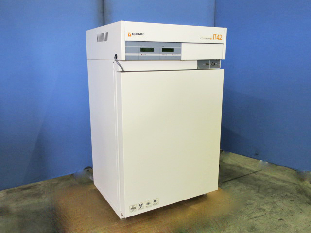 Yamato Scientific CO2incubator IT-42