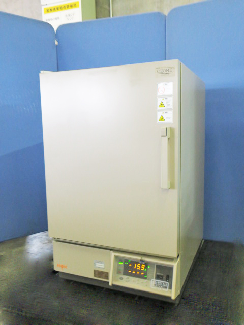 エスペック 環境試験器 LHU-113