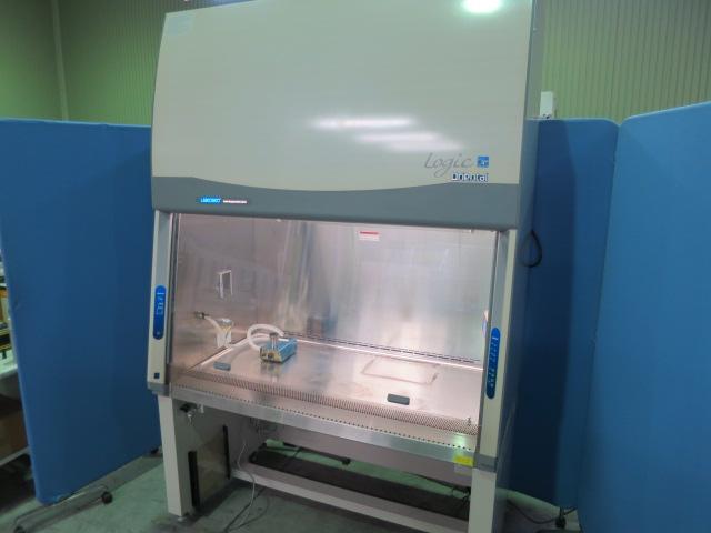 オリエンタル技研工業 安全キャビネット LAL-1300XA2