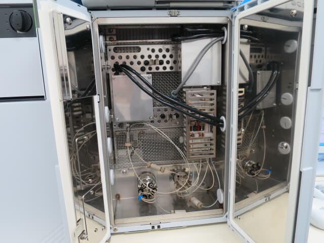HIC-20A サプレッサ 電気伝導度検出器