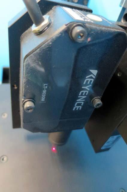 キーエンス レーザー変位測定機 LT-9030M