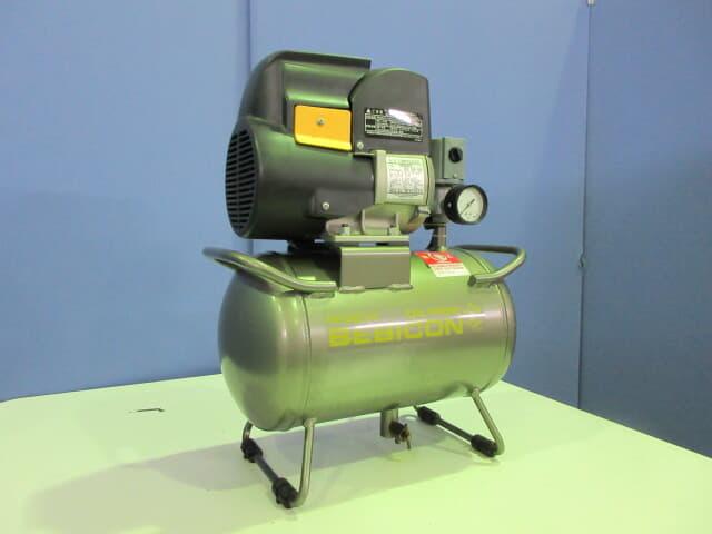 日立産機システム オイルフリースクロールコンプレッサー 0.2LE-8S