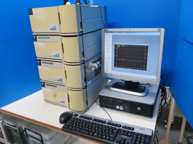 HITACHI HPLC L-2000