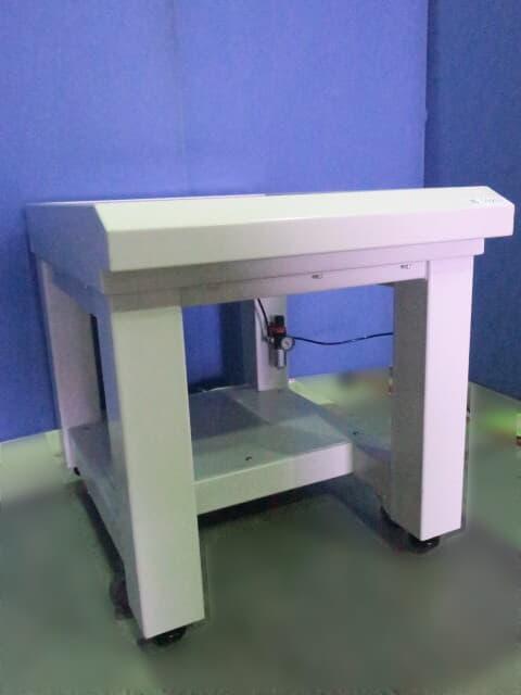 特許機器 除振台 DLS-680L3T3