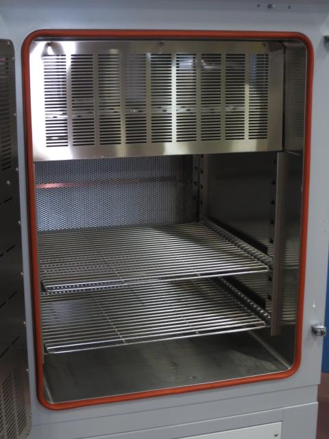 エスペック クリーンオーブン PVC-211M