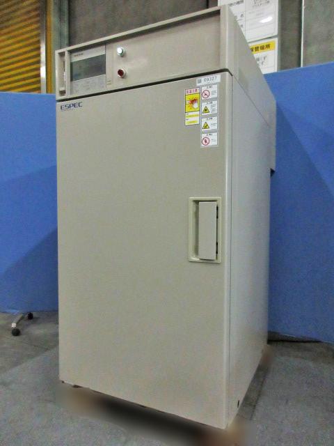 エスペック 恒温器 PVH-221