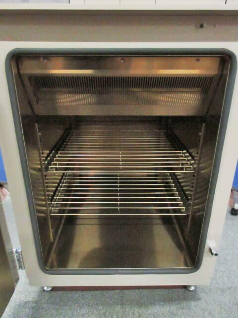Espec オーブン PVH-212M