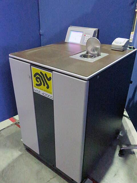 島津製作所 質量分析計型電子デバイス専用 リークディテクタ MSE-4200S